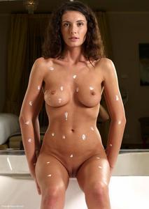 Orsi Creams Herself