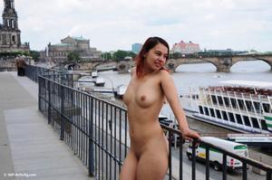http://img283.imagevenue.com/loc500/th_747826714_yatima0053_123_500lo.jpg