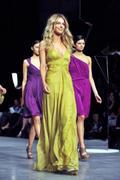 Дженифер Хокинс, фото 1531. Jennifer Hawkins Mercedes Benz Fashion Festival, Sydney - 25/08/11*MQ, foto 1531,