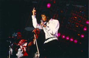 1984 VICTORY TOUR  Th_753761940_000000000_282829_122_593lo